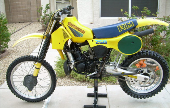 1983 Suzuki RM250D - AZ - FullFloater Suzuki RM