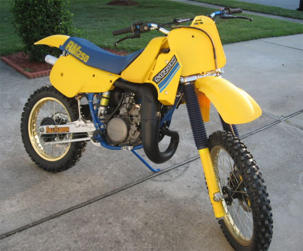 1985-Suzuki-RM250